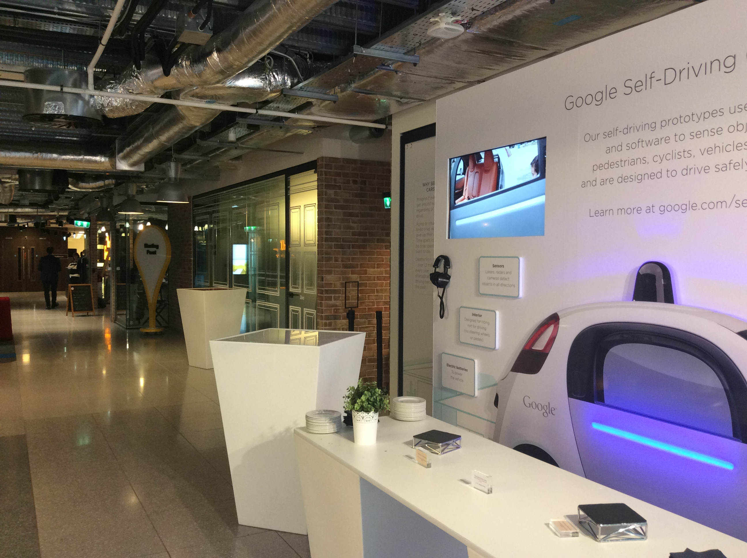 Self driving car display, Google Dublin