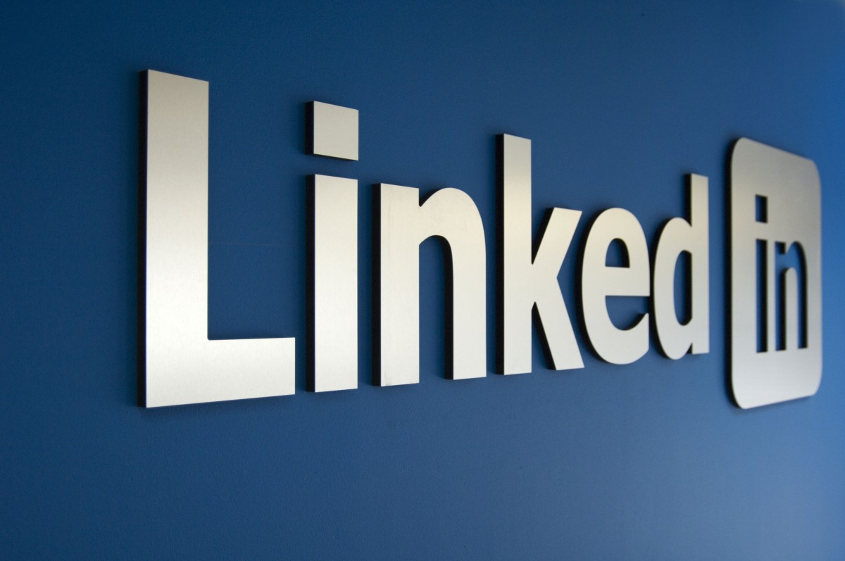How to delete a Linkedin profile featured image